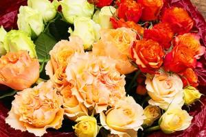 オレンジ系バラの花束3
