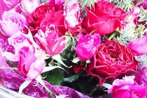 ピンク系バラの花束1