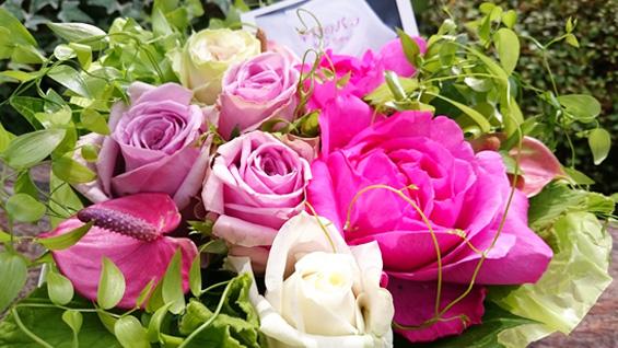ピンク系バラの花束5