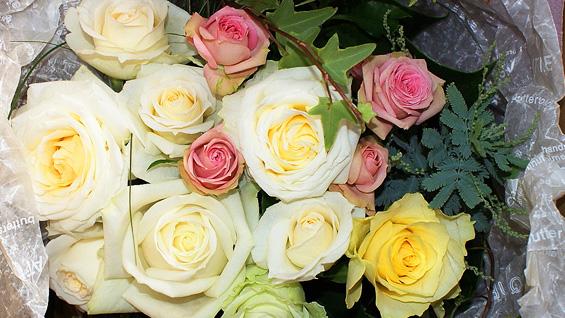 白系癒しの花束2
