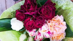 赤系バラの花束2