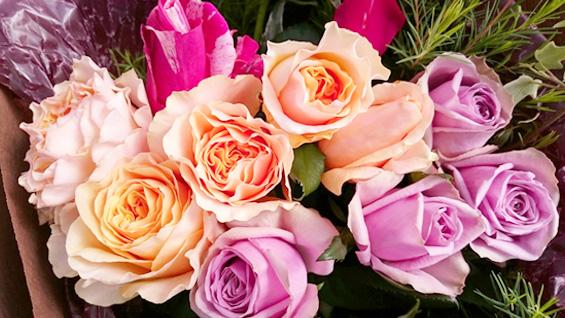オレンジ系バラの花束1
