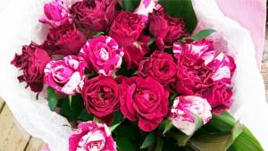 赤系バラの花束3
