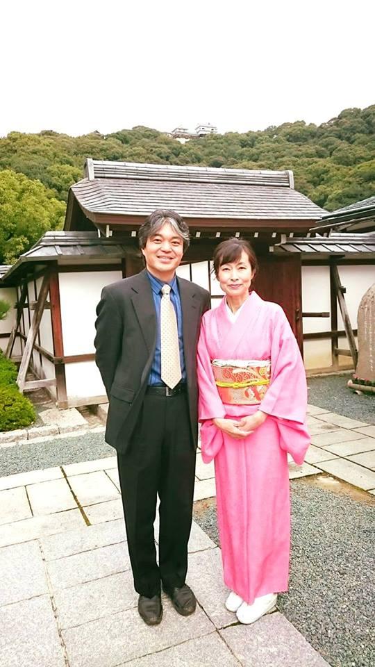 松山城に乗末庭園お茶会