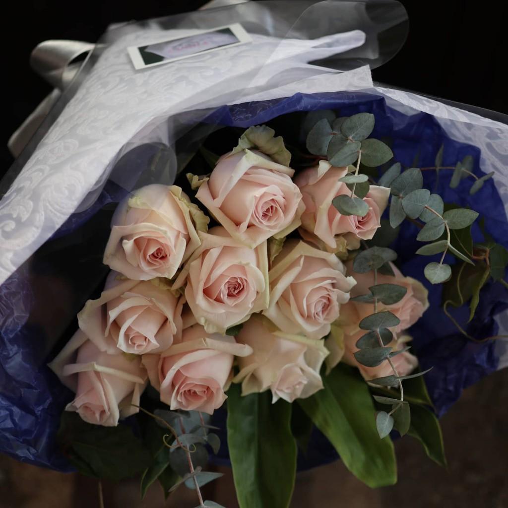 【プロポーズの薔薇】11本の意味とは?
